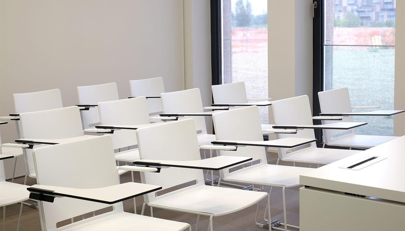 Filò seduta riunione e ospiti Della Chiara