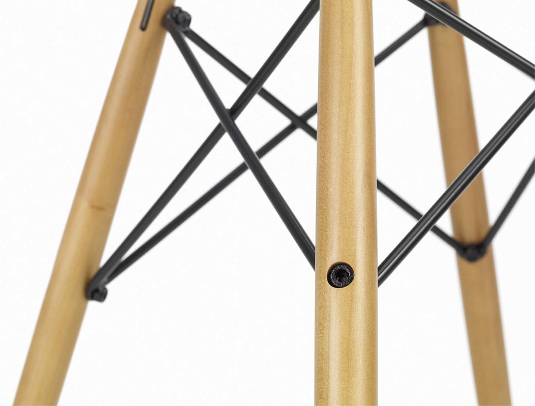 VITRA_Eames Plastic Chair DAW dettaglio gallery