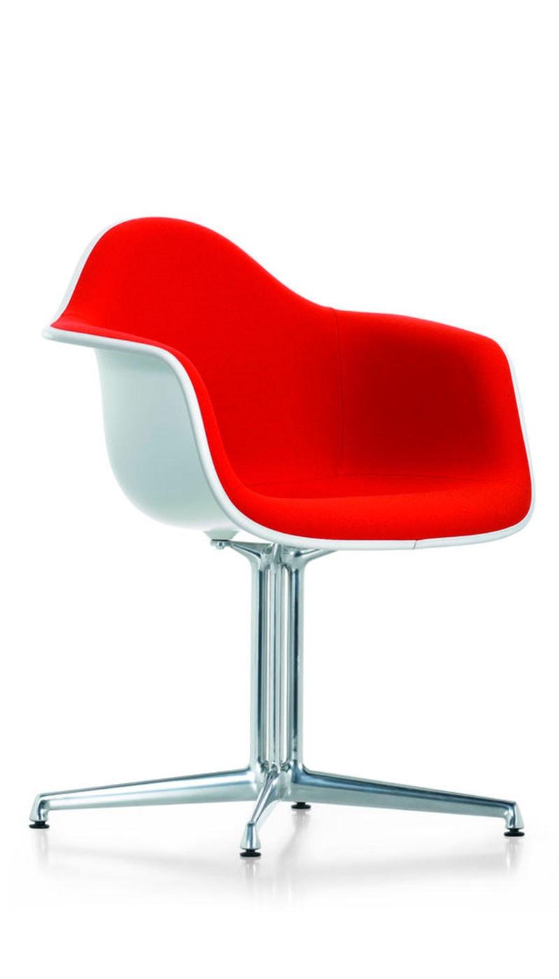 Eames Plastic Armchair DAL poltroncina