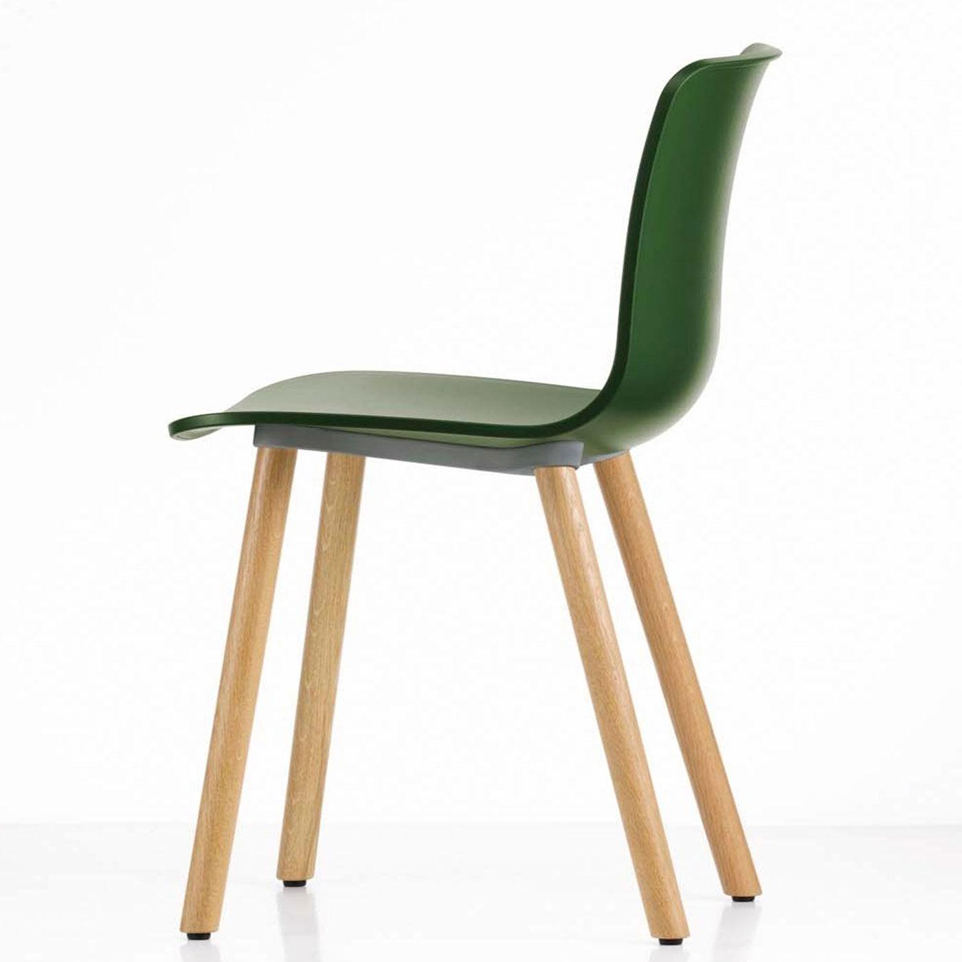 VITRA Hal Wood sedia gambe in legno gallery