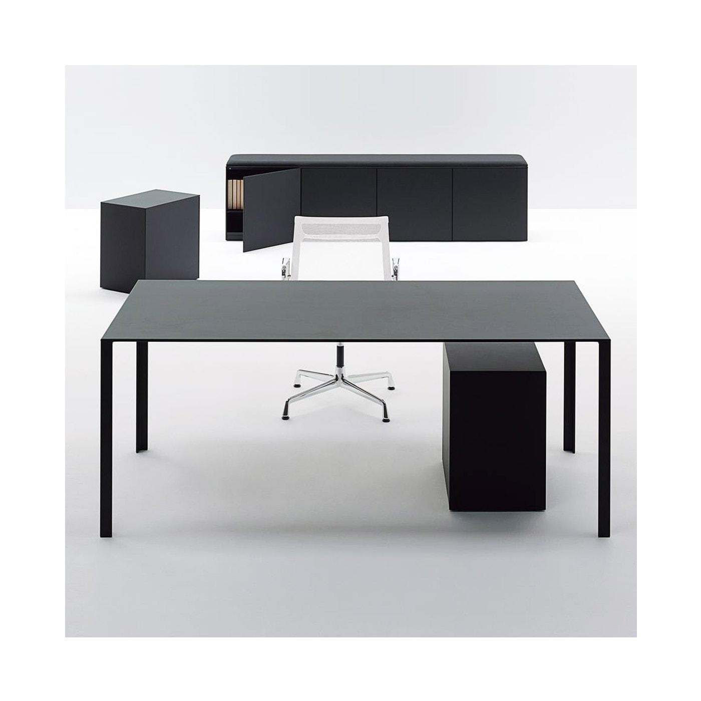 UNIFOR LessLess scrivania direzionale
