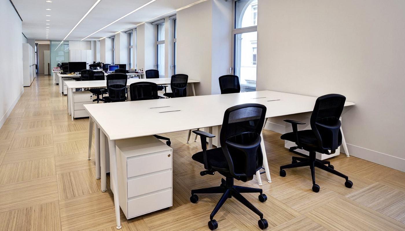 Della Chiara AR10 seduta ufficio gallery
