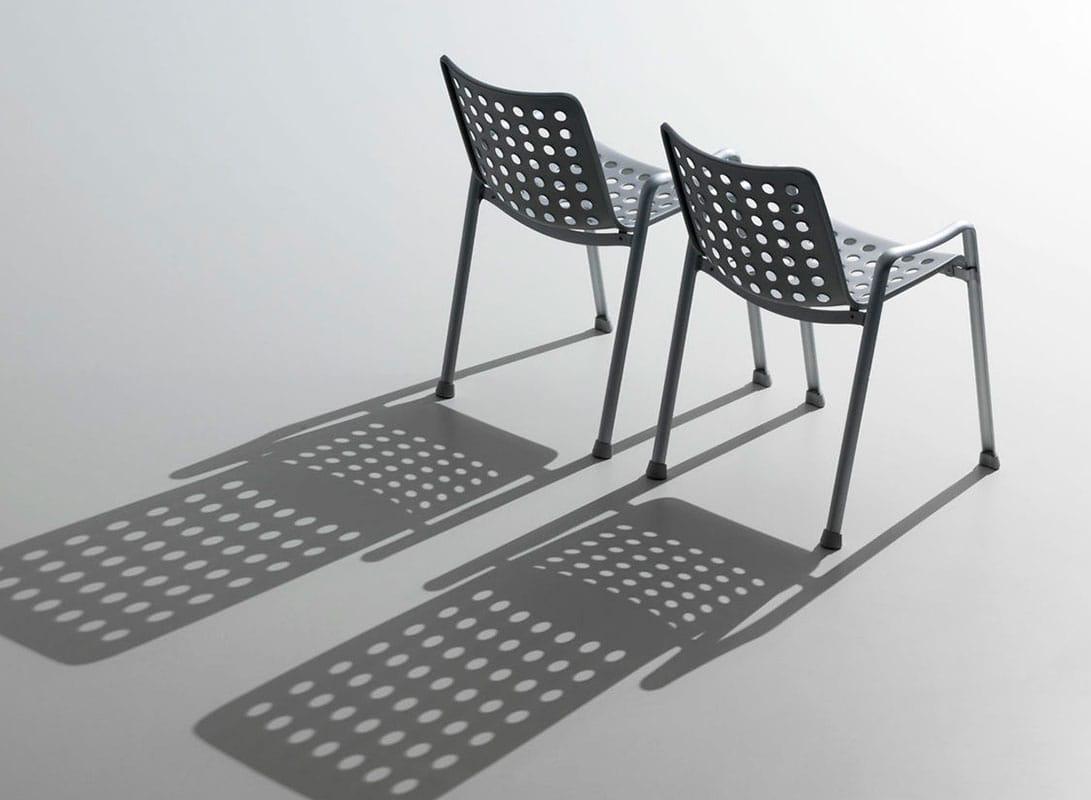 Landi sedia in alluminio Vitra