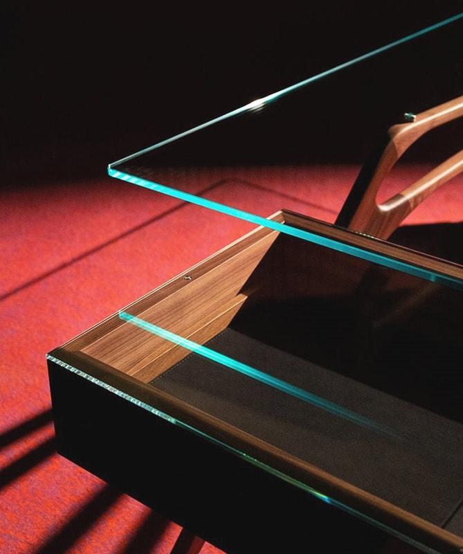 ZANOTTA Cavour scrivania gambe legno dettaglio