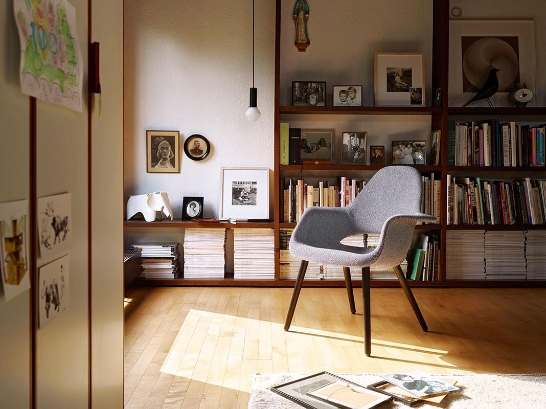 VITRA Organic chair gallery 8