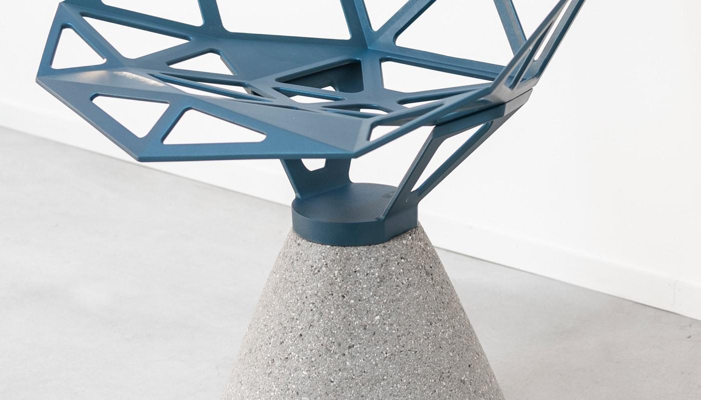 Magis ChairOne seduta base in cemento - gallery