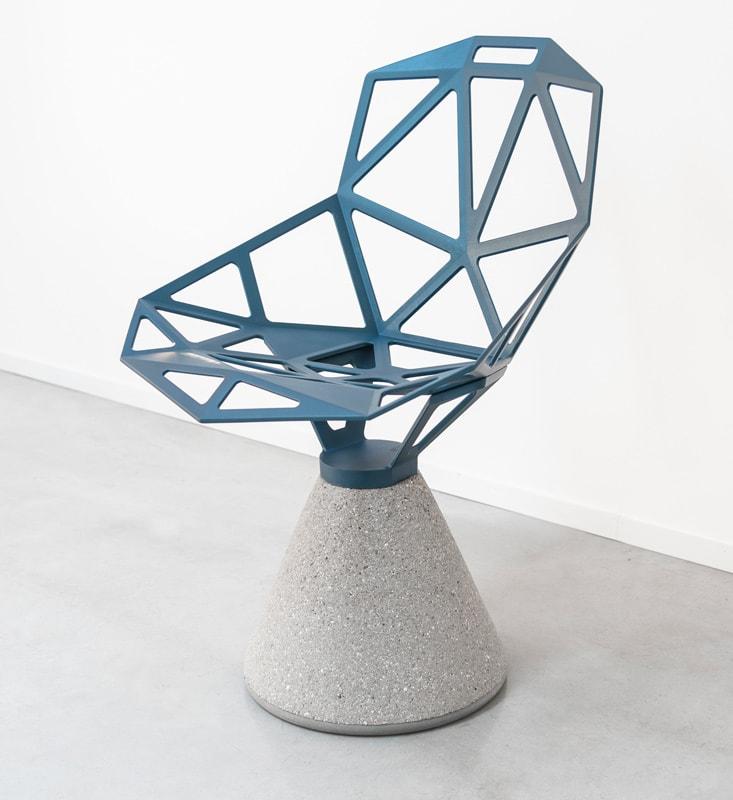 Magis ChairOne seduta in cemento per outdoor - gallery