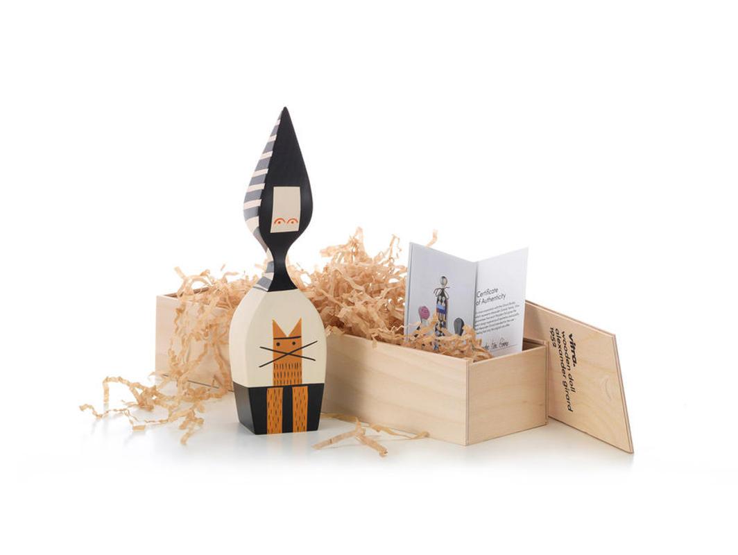 VITRA Wooden Dools bambola legno gallery 10