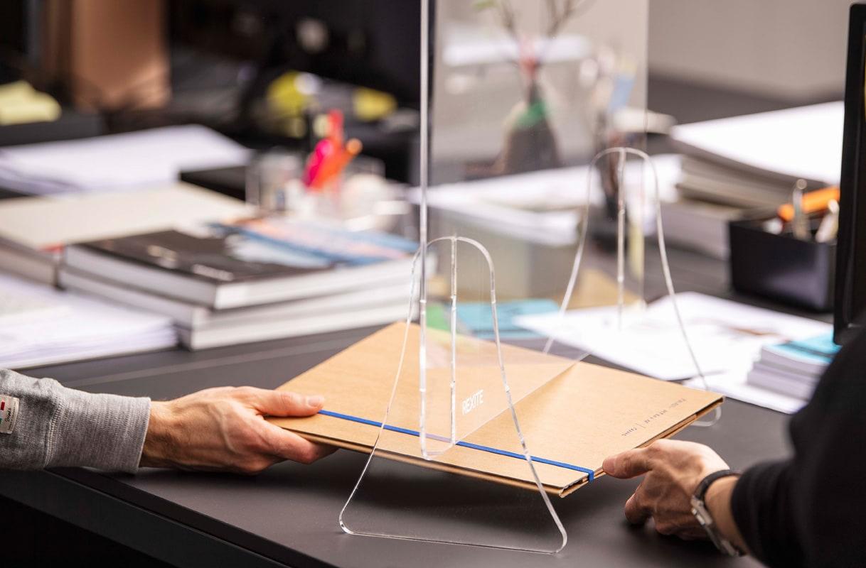 Della Chiara PLEXY schermo protettivo plexiglass fessura gallery 2