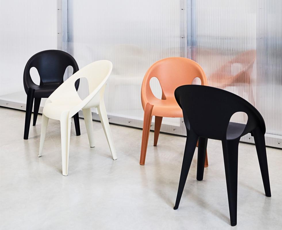 MAGIS Bell Chair sedia impilabile gallery 1