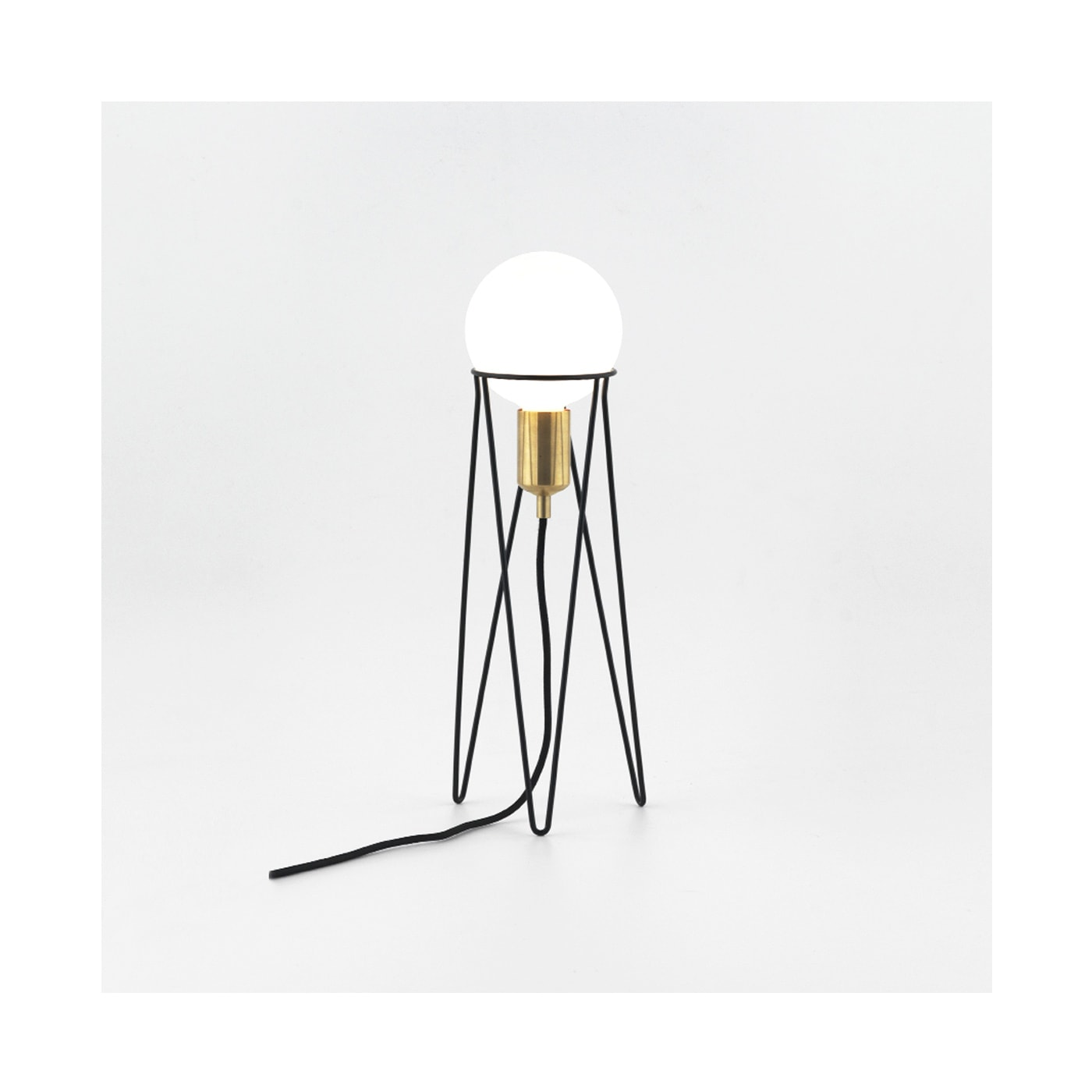 Aromas-Ippot-lampada-tavolo-vendita-online