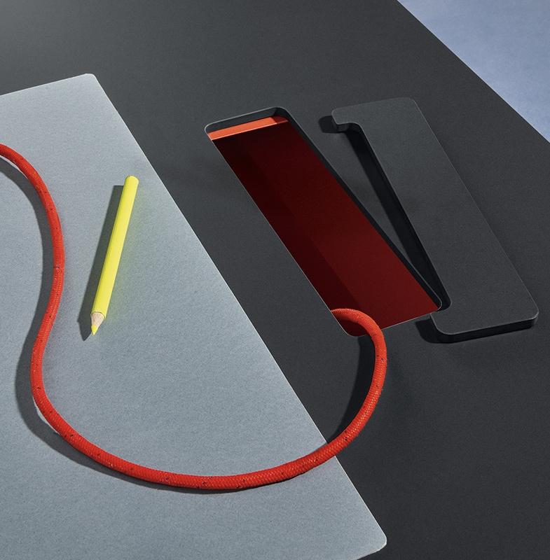 Pedrali TOA desk - top access gallery 2
